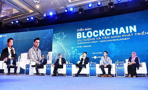 Đại diện lãnh đạo các quốc gia, các tập đoàn trên thế giới chia sẻ về ứng dụng của blockchain tại Diễn đàn blockchain 2018.